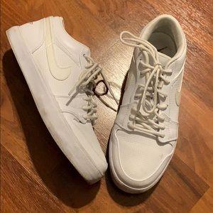 Men's Nike Air Jordan low top sneakers